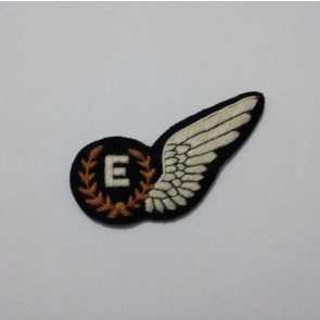WW2 BRITISH RAF AIRCREW FLIGHT ENGINEER BADGE