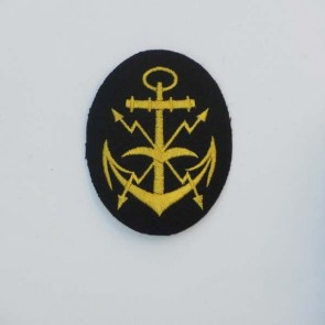 WW2 GERMAN KRIEGSMARINE AIRCRAFT SPOTTER BADGE ON NAVY BLUE FELT