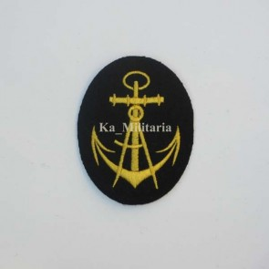 WW2 GERMAN KRIEGSMARINE CARPENTER BADGE ON NAVY BLUE FELT