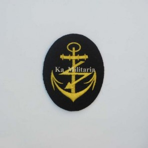 WW2 GERMAN KRIEGSMARINE RADIO TELEGRAPHIST BADGE ON NAVY BLUE FELT